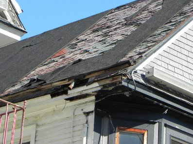 1115-elmwood-replace-deteriorated-roof
